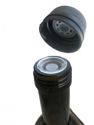 Kamštelis aliejaus buteliui su piltuvėliu
