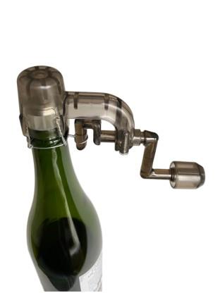 Šampano butelio vielos rankinis užsukėjas